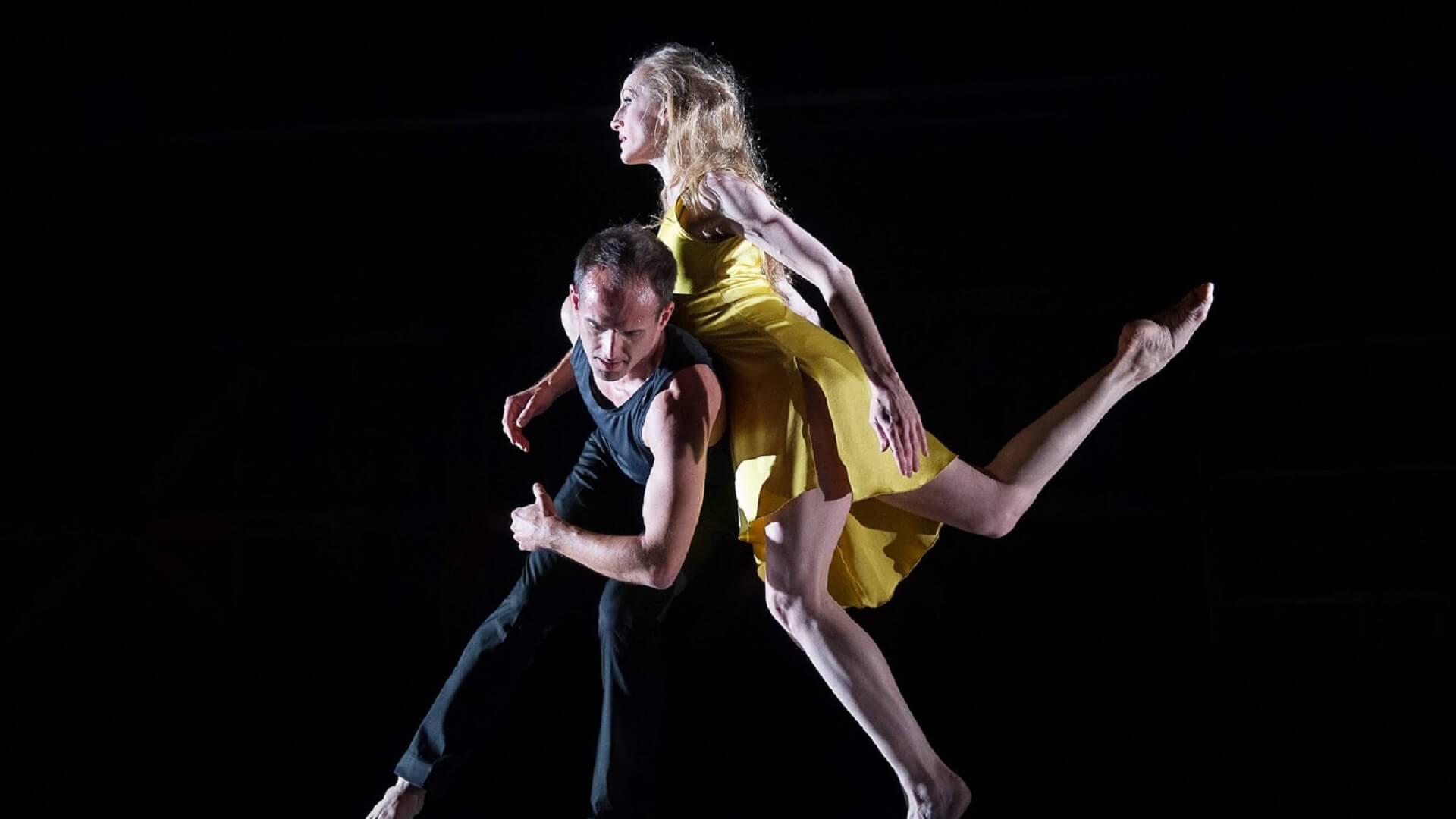 Q&A ballerina Wendy Whelan interviewed by dancer/choreographer Miriam Mahdaviani